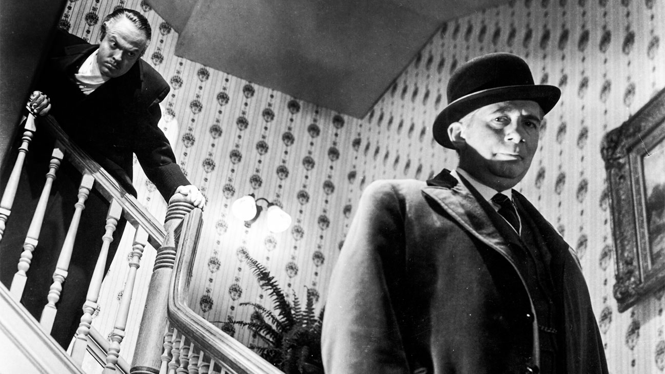 the movie citizen kane written by orson In seeking to enhance the idea that any scene from citizen kane is groundbreaking, i would suggest the scene that interrupts the opening of the film is significant so many moments in welles's.